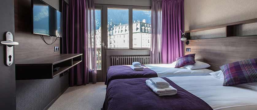 Hotel Pointe Isabelle, Chamonix, France - 2 pax Bedroom.jpg